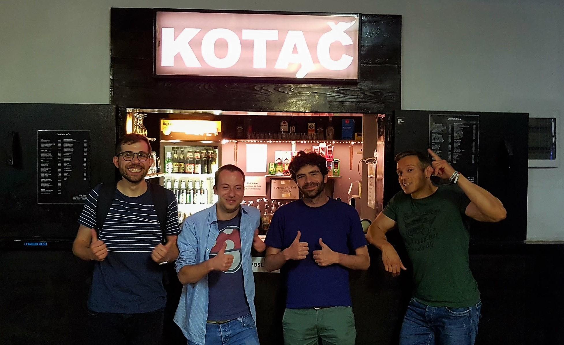 "Open mic Stand up comedy scena – Pula klub ""Kotač"" i šire"